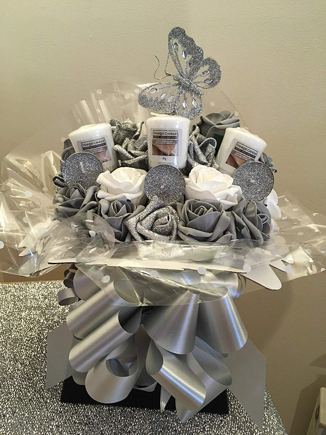 Yankee Candle Roses Bouquet - Silver Wedding Anniversary Gifts